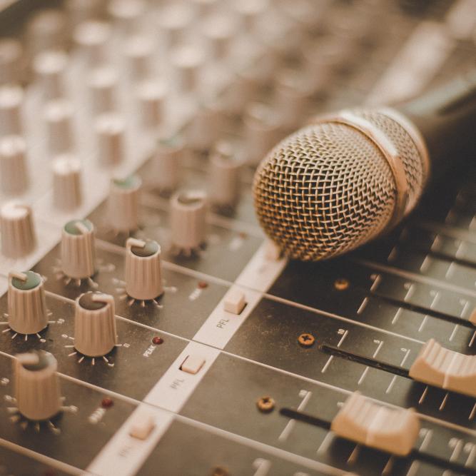Mikrofon-Mischpult-Gospelchor_1-1